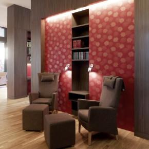 POTSDAM BRANDENBURG| Johanniter Quartier |  Appartementhaus mit Service für Senioren | RESTAURANT, BIBLIOTHEK