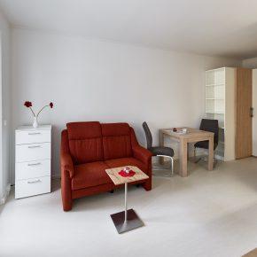 Wohnzimmer mit Möblierung